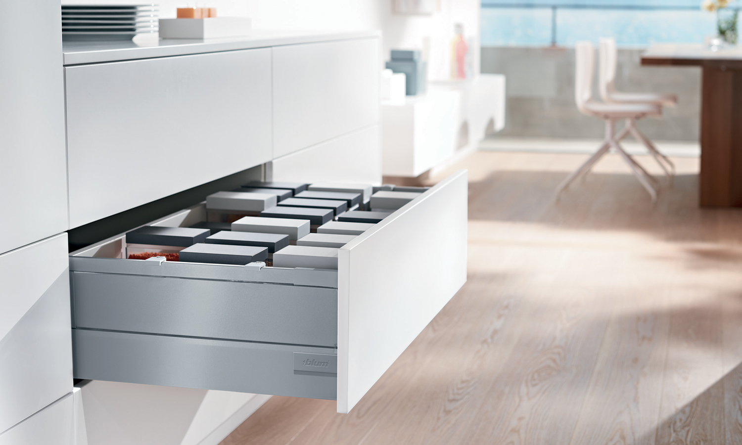 Blum Antaro Tandembox D-Height (450mm) Grey Metal Element, Metallic Grey | 30kg