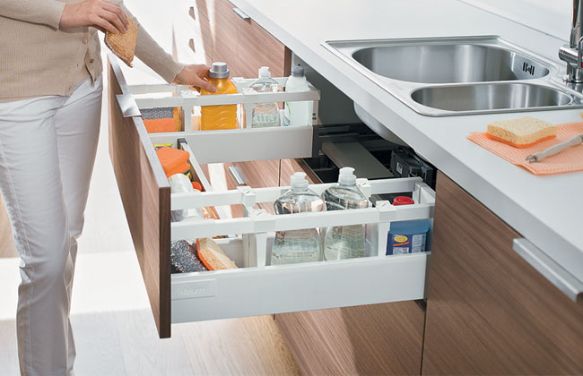 Blum Antaro Tandembox Sink Drawer D-Height (450mm) | Metallic Grey
