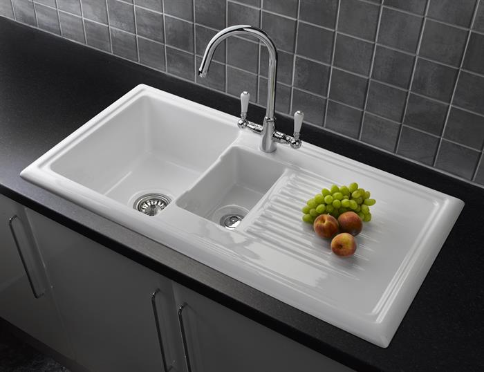 Stainless Steel or Ceramic Sinks?